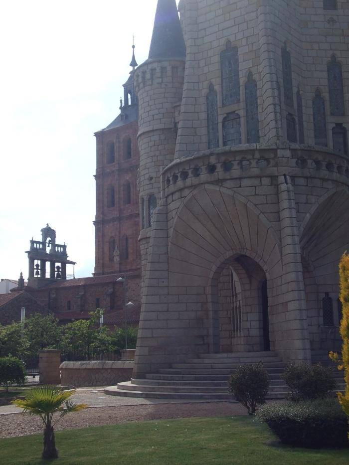 Gaudi was here!